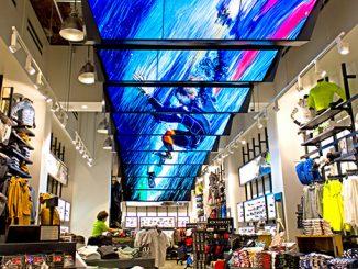 Màn hình LED tại trung tâm thương mại